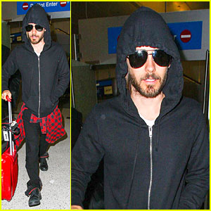 Jared Leto: Low Profile LAX Arrival After 'Dallas' Promo!