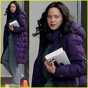 Jennifer Lawrence Returns to 'Mockingjay' Set After Philip Seymour Hoffman's Death
