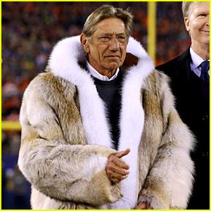 Joe Namath Fur Coat at Super Bowl 2014 (PHOTOS)