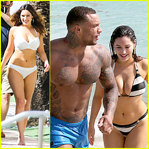 Kelly Brook Frolicks on the Beach with Boyfriend David McIntosh!