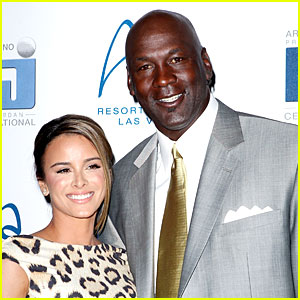 Michael Jordan & Yvette Prieto Welcome Twin Girls Victoria & Ysabel!