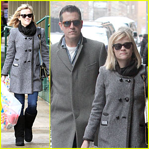 Reese Witherspoon & Jim Toth: Matching Couple on Valentine's Day!