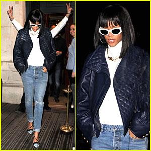 Rihanna: Photobombed By Peace Sign Flashing Fan at Farnesina Restaurant!