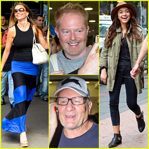 Sofia vergara modern family cast hang out in sydney Modern family christmas special