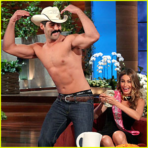 Sofia Vergara Tips Shirtless Stripper on 'Ellen'!