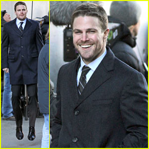 Stephen Amell Flagged as Spambot By Facebook!