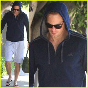 Alexander Skarsgard Keeps His 'Tarzan' Body in Shape with a Trip to the Gym!