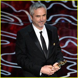 Alfonso Cuaron WINS Best Director for 'Gravity' at Oscars 2014!
