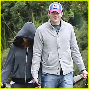 Ashton Kutcher & Mila Kunis Spotted Together For First Time Since Engagement News!