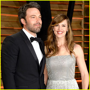 Ben Affleck Skips Oscars 2014, Attends Vanity Fair Party with Jennifer Garner!