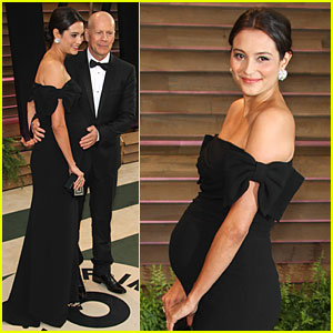 Bruce Willis Cradles Emma Heming's Growing Baby Bump at Vanity Fair Oscars Party 2014