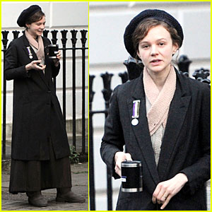 Carey Mulligan Gets Into Full Period Costume for 'Suffragette'