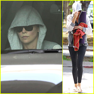 Charlize Theron's Alluring Beauty Won't Ever Go Unnoticed!