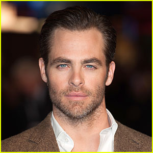 Chris Pine Arrested for Drunk Driving in New Zealand