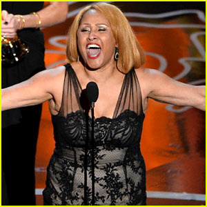 Darlene Love Sings on Stage After Best Documentary Win at Oscars 2014 (Video)