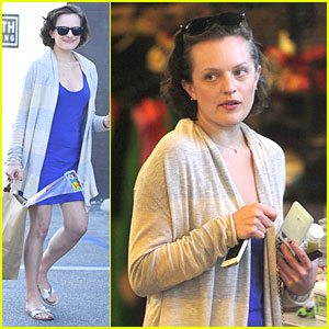 Elisabeth Moss Jokes About Once Being Harassed By Stylist to Wear a Sexy Jumpsuit!