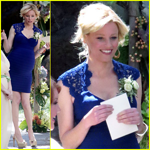 Elizabeth Banks Returns to 'Modern Family' as Pregnant Minister!
