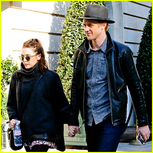 Elizabeth Olsen & Boyfriend Boyd Holbrook Take a Romantic Stroll in Paris
