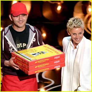 Ellen DeGeneres Serves Pizza to Celebs at Oscars 2014 (Video)