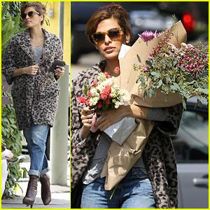 Eva Mendes: Boyfriend Ryan Gosling Attached to New Biopic Film!