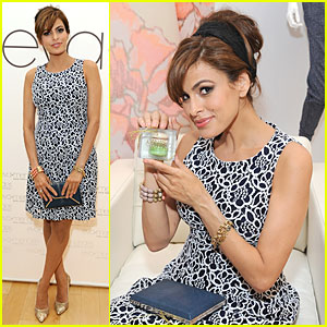 Eva Mendes Feels Blue at Her 'New York & Company' Collection Launch!
