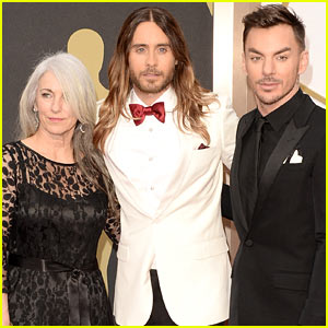 Jared Leto Brings Mom Constance & Brother Shannon to Oscars 2014!