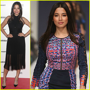Jessica Gomes Hits the Runway for David Jones Fashion Show!
