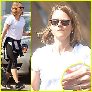 Jodie Foster Sports Mysterious Ring on Wedding Finger at Body Shop!