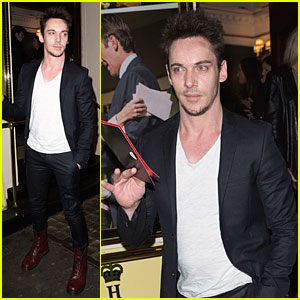 Jonathan Rhys Meyers Doesn't Wear Underwear for Sex Scenes!