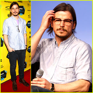 Josh Hartnett Masters the Sexy Geek Look at SXSW