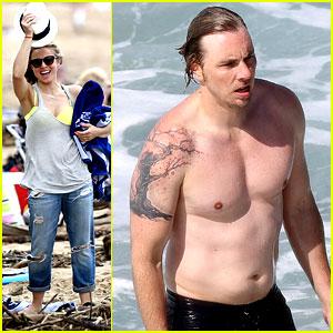 Kristen Bell & Dax Shepard Show Off Beach Bodies in Hawaii!