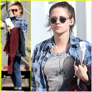 Kristen Stewart Looks Ready for Spring with Her Jacket Draped Over Her Arm!