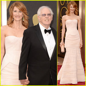 Laura Dern Holds Hands with Dad Bruce on Oscars 2014 Red Carpet