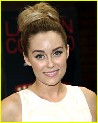 Lauren Conrad Sports a Unibrown in This Silly Instagram Pic!