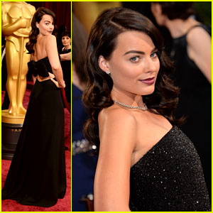 Margot Robbie Debuts New Brunette Hair at Oscars 2014!