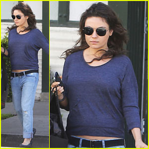Mila Kunis Steps Out After Pregnancy News - Can You Spot Her Baby Bump??
