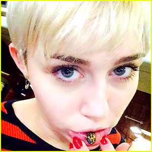 Miley Cyrus Gets New Sad Kitty Tattoo on Inner Lip!