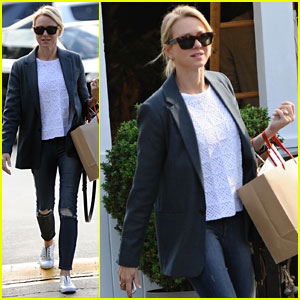 Naomi Watts: It's 'Hard to Switch Off' After Dramatic Roles