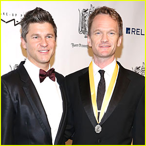 Neil Patrick Harris is the Theatrical Man of the Year at Hasty Pudding Awards!