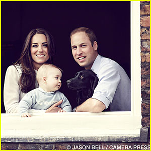 Prince William & Kate Middleton Smile Wide with Prince George In New Family Portrait!