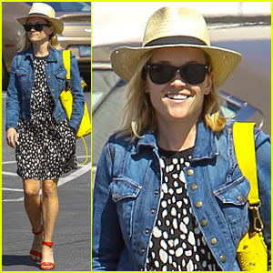 Reese Witherspoon Launching Lifestyle Company in 2015!