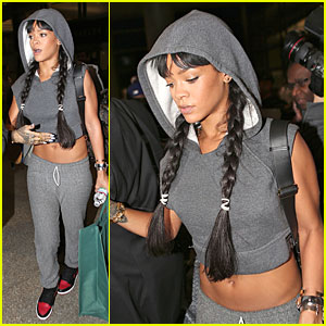 Rihanna Draws Endless Attention with Toned Tummy at LAX Airport!