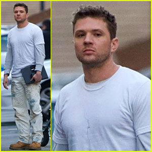 Ryan Phillippe Films New Pilot Wearing Too Many Layers for Our Liking!