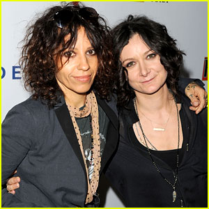 The Talk's Sara Gilbert: Married to Songwriter Linda Perry!