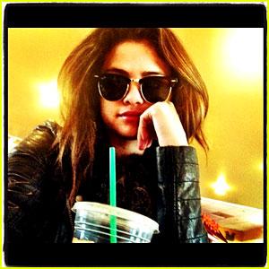 Selena Gomez & Justin Bieber Reunite in Texas - See the Pic!