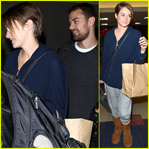 Shailene Woodley: I Don't Own a Cellphone!