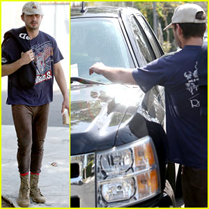 Shia LaBeouf Has the Parking Ticket Blues in Los Angeles