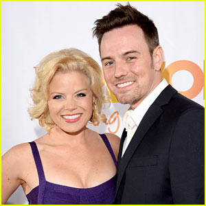 Smash's Megan Hilty: Pregnant with Husband Brian Gallagher's Baby!