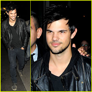 Taylor Lautner Shares Laughs with His Buddies in London