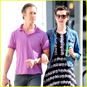 Anne Hathaway: 'Blushing So Hard' Over will.i.am's Compliments!